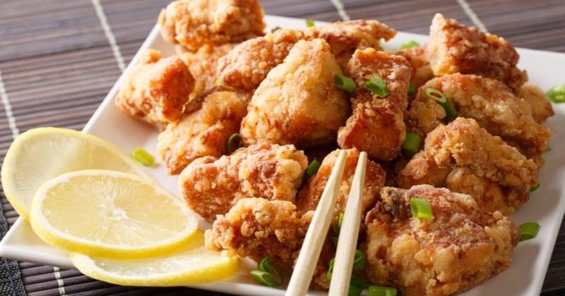 Salivez devant le poulet frit japonais, le Karaage croustillant!