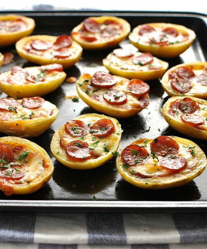 Mini pizza à la pomme de terre - Mini pizza with potatoe