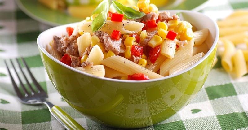 Salade de pâtes au thon et maïs
