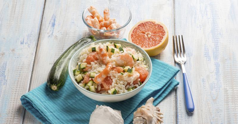 Salade de riz aux crevettes et calamars