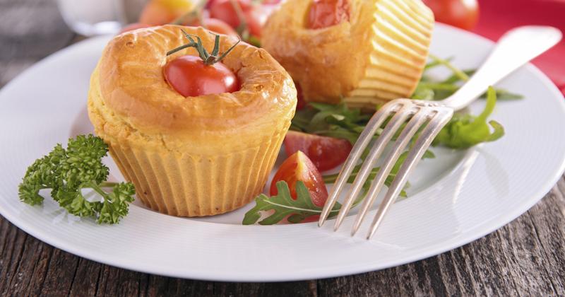 Muffins aux tomates cerise et parmesan