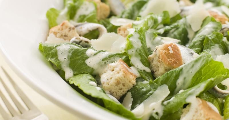 Salade Caesar healthy Recette