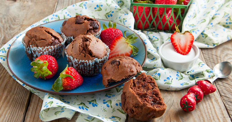 Muffins au chocolat et aux fraises