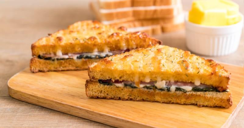 croque-monsieur jambon, épinards et fromage de chèvre