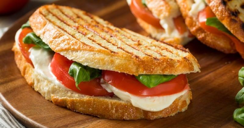 Caprese panini Recette