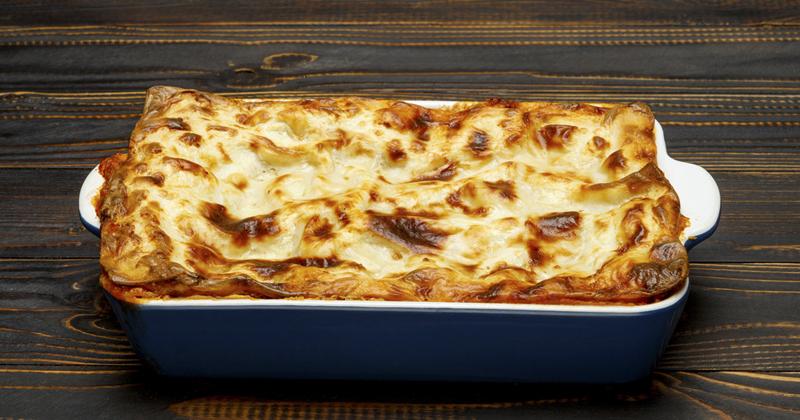 Lasagnes au saumon, mozzarella et poireaux