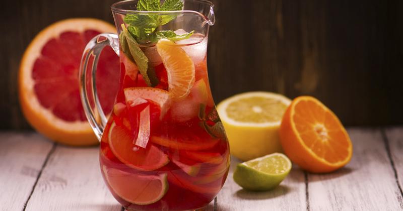 Sangria aux agrumes, goûteuse et rafraîchissante !