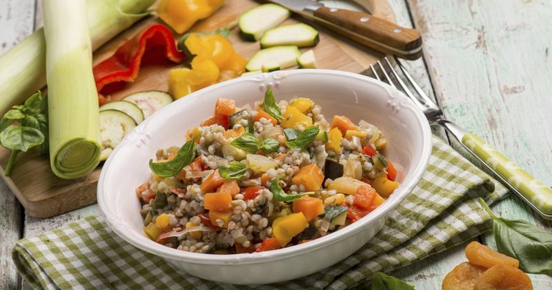 Salade de petit épeautre aux noisettes et à l'huile d'olive