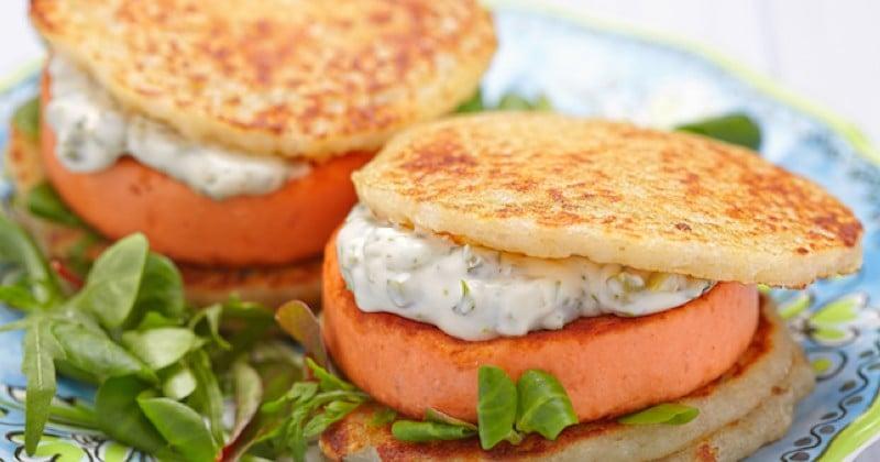 burger de pancakes et galette de saumon