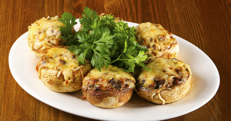 Champignons farcis au fromage et jambon