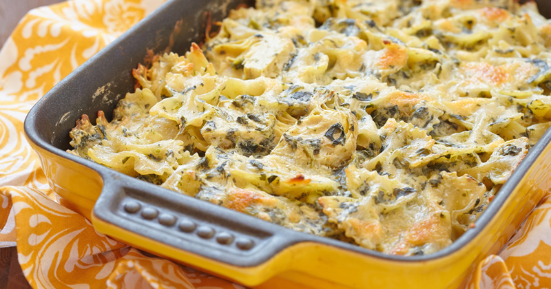 Gratin de pâtes aux épinards et à la mozzarella