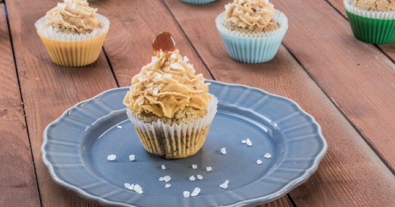 cupcakes au beurre salé avec un coeur caramel